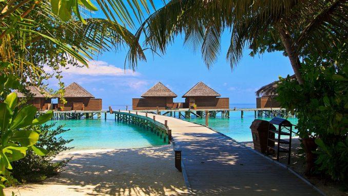 Plajă din Maldive. FOTO SuzyT