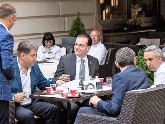 Ludovic Orban a vizitat terasele din Centrul Vechi al Capitalei. FOTO Facebook Ministerul Turismului